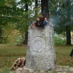 Baltu vienības dienā Kupišku pilskalnā Lietuvā viesojas folkloras kopa