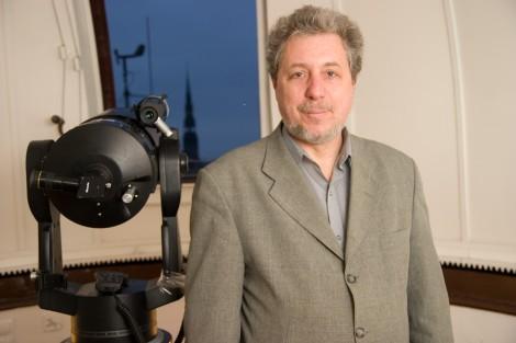 Latvijas Universitâtes Astronomijas institûta pçtnieks Ilgonis Vilks.