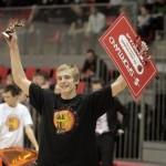 Kristaps Dārgais uzvar LBL zvaigžņu spēles danku konkursā