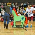 Jumpravieši skaļākie līdzjutēji Latvijas Basketbola līgas zvaigžņu spēlē